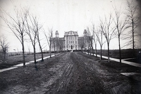Black and white and spooky photo of Hall of Languages.