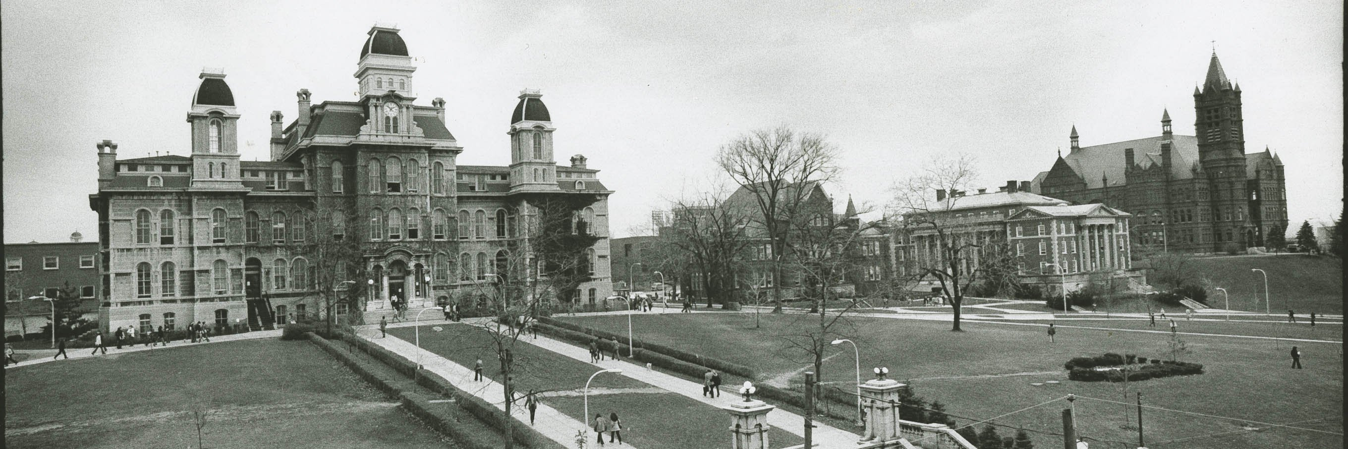 archival image of the Syracuse University Hall of Languages shortly after it was built.